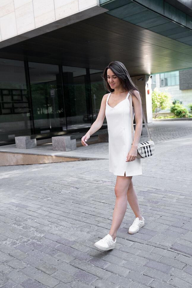 Платье-мини на бретельках, молочное