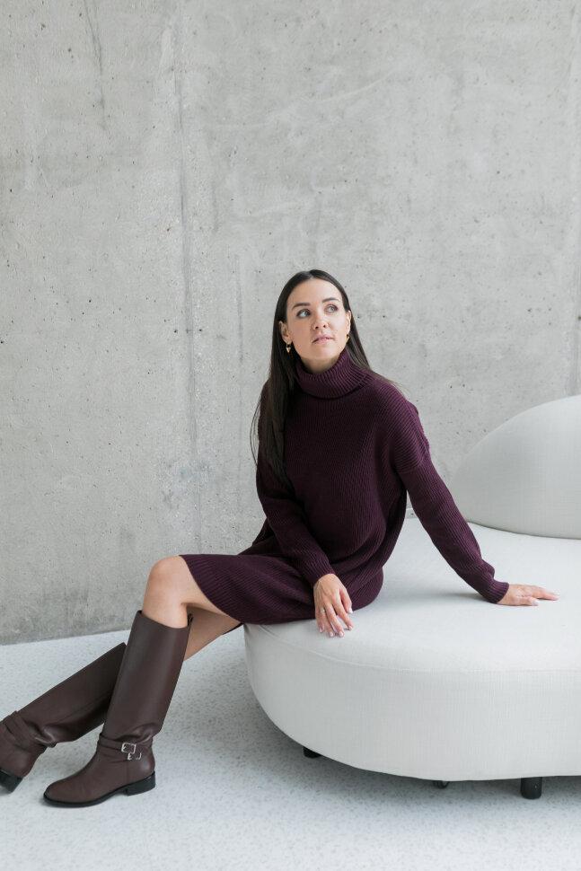 Вязаное платье-свитер, пряная вишня