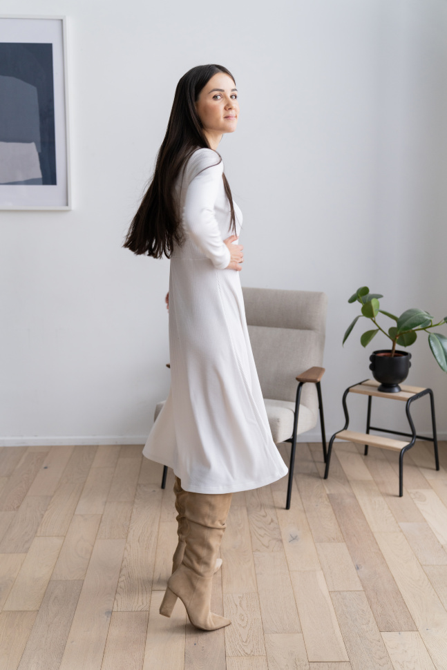 Платье-лапша с круглым вырезом, белый